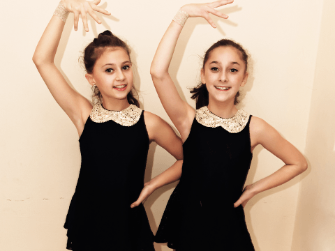 Gabriela, Natalia